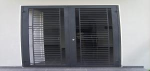 Model Desain Pintu Besi Rumah Minimalis